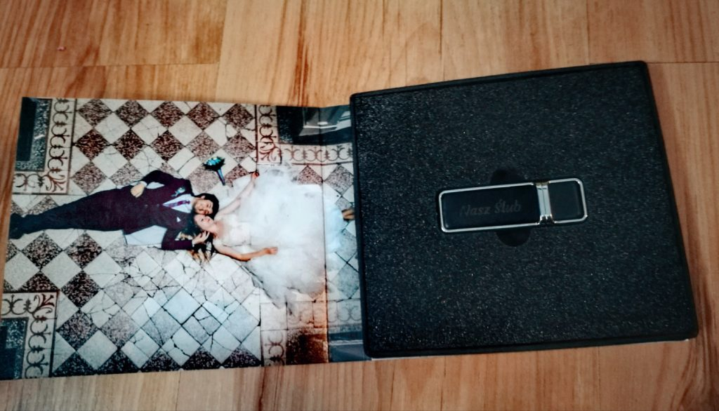 Pendrive ślubny - FotoAno