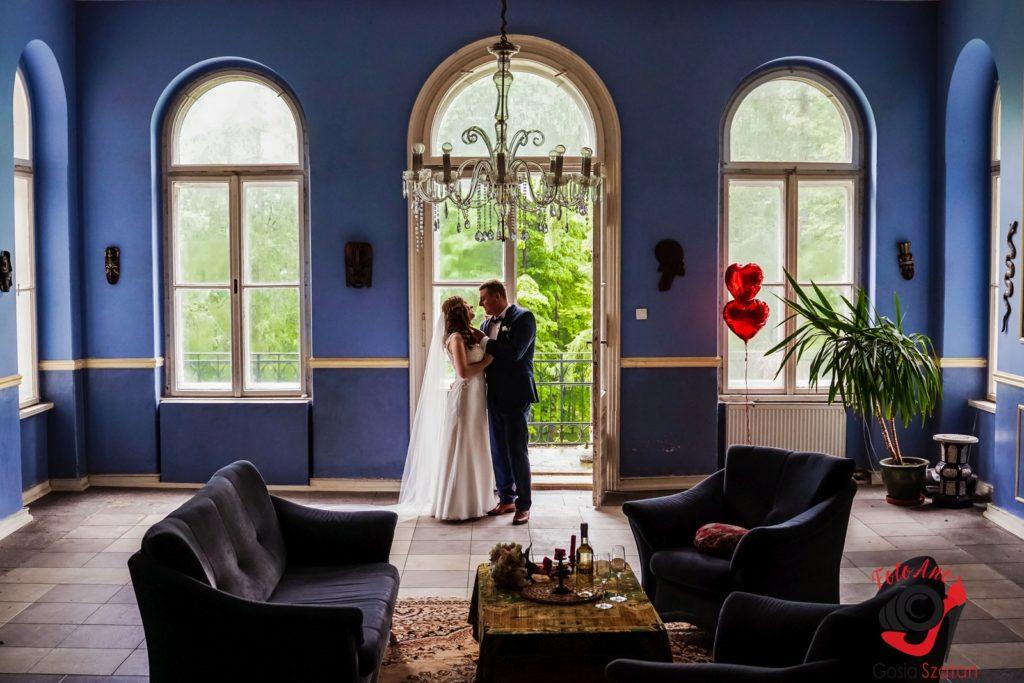 Sesja w pałacu w Bulowicach - FotoAno