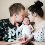 Sesja rodzinna domowa - FotoAno